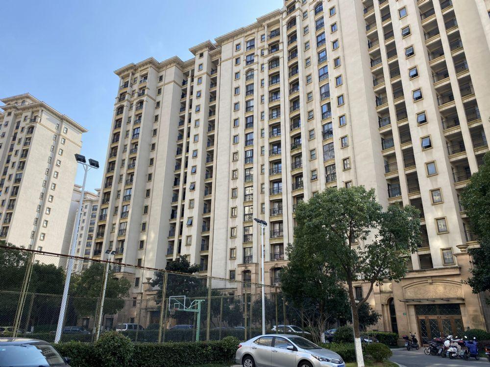 上海市金山区卫清东路2835弄121号807室