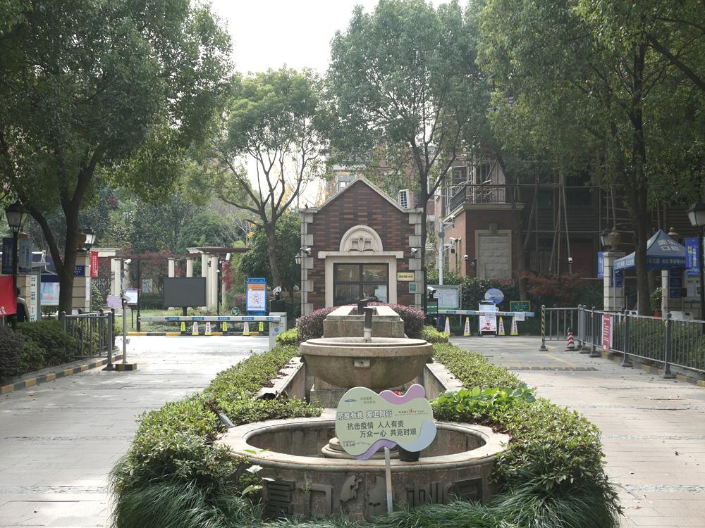 上海-青浦区-清河湾路388弄140号302室