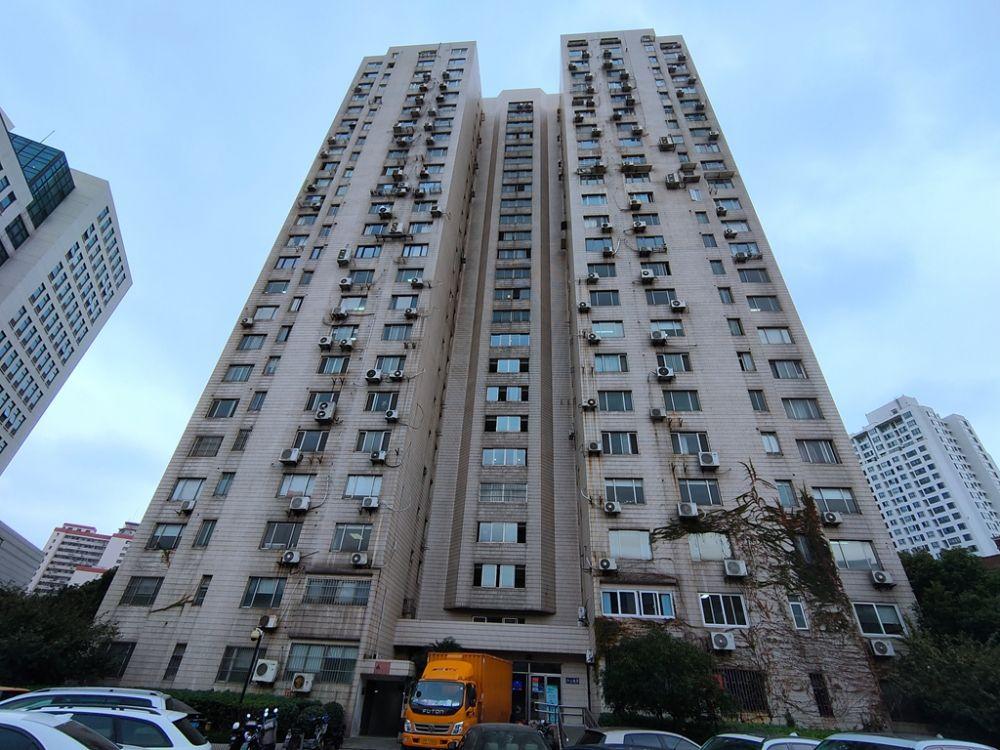 上海-徐汇区-肇嘉浜路446弄2号2302室