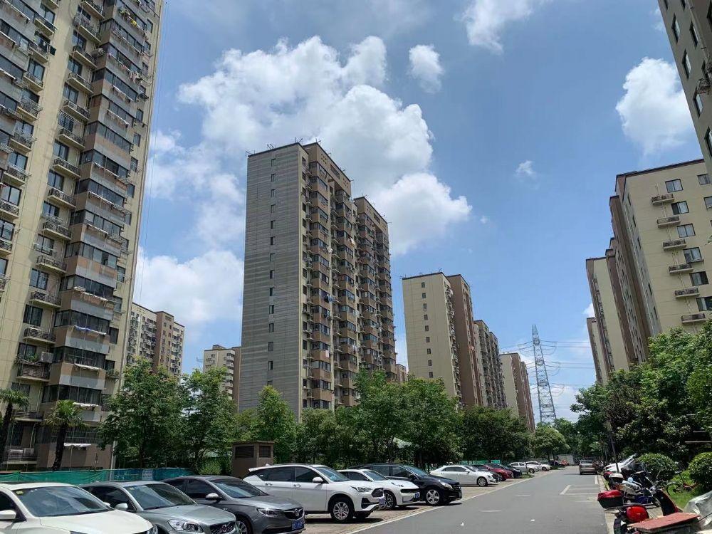 上海市青浦区赵巷镇崧润路1029弄20号803室